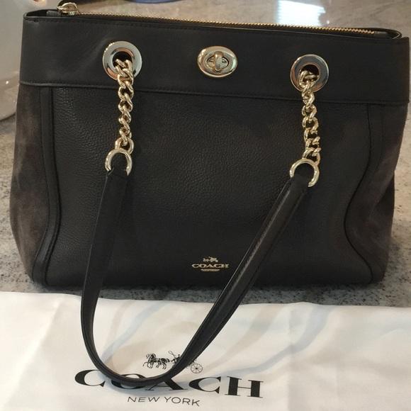 coach Handbags - EUC Coach bag